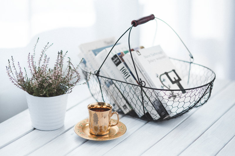 rsz_kaboompicscom_golden_cup_and_basket_with_books